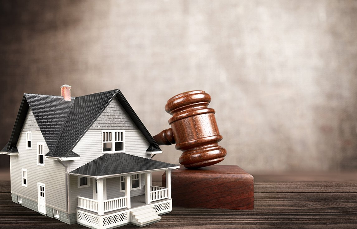 Four Reasons It's Cheaper to Hire a Real Estate Attorney