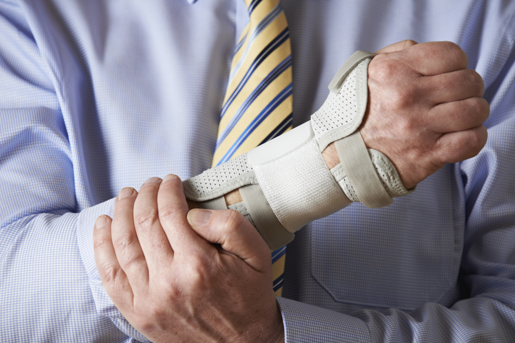 Hire a Professional Accident Attorney For Taking Care of Your Lawsuits!
