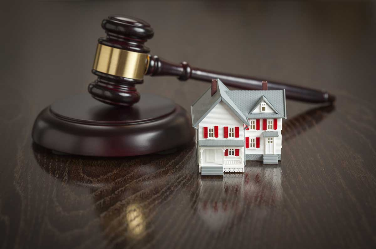Hiring the Right Real Estate Attorney